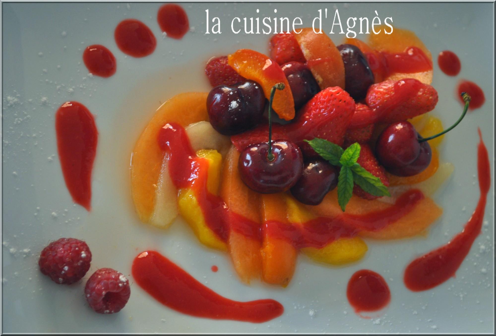 salade de fruits frais pochés au coulis de framboises 3