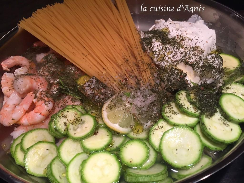 one pot pasta courgettes crevettes 6