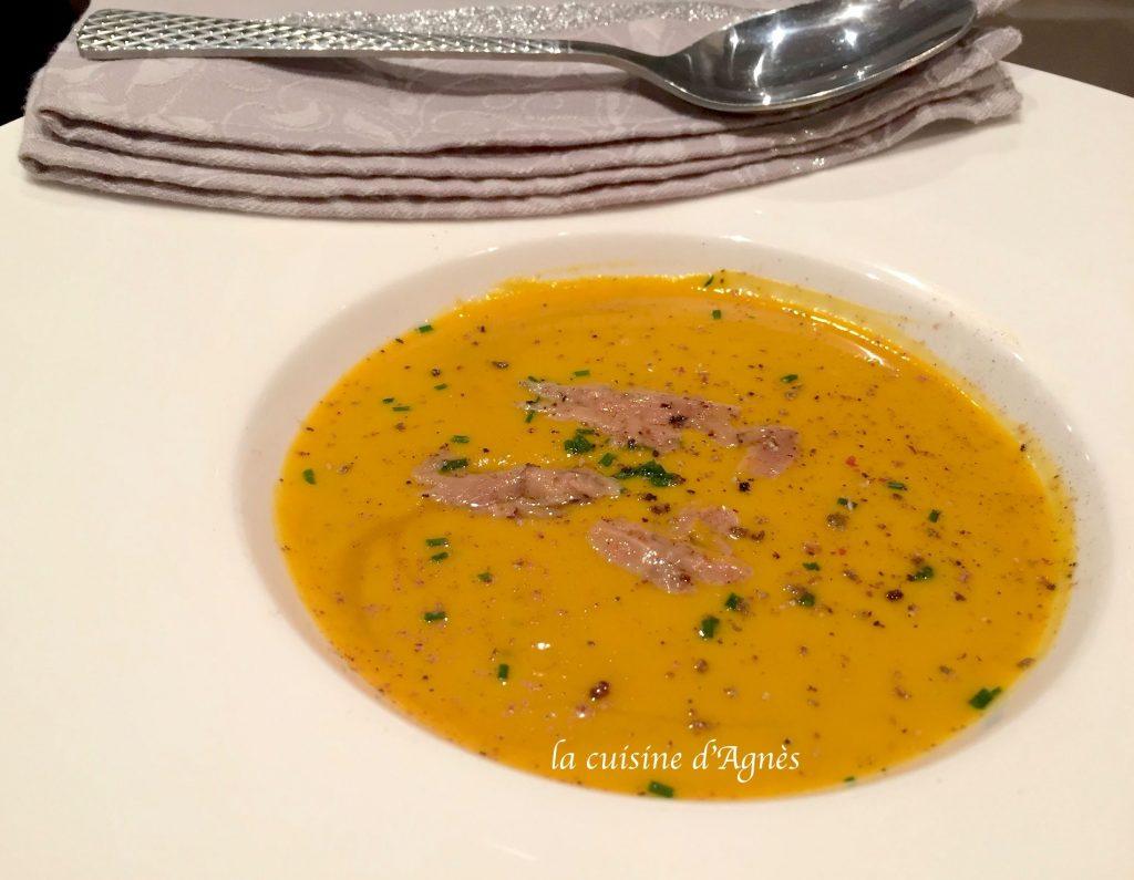 veloute-de-potimarron-au-foie-gras